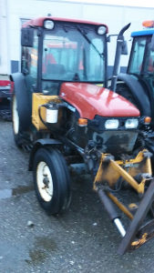 Traktor new holland tnf 65