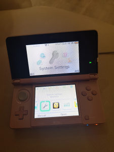 NINTENDO 3DS PINK 3 DS
