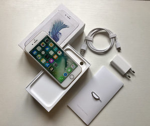 Apple iPhone 6S Gold // ODLICNO STANJE //