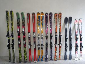 8 pari skija