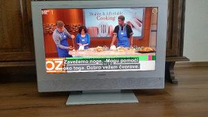 "LCD TV GRUNDIG 32"""