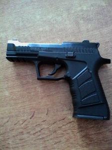 Gasni pištolj 9 mm