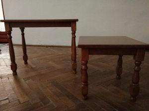 Dva stolica za dnevni boravak