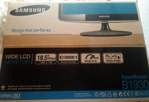 "MONITOR SAMSUNG SyncMaster LCD B1930N 19"" inči"