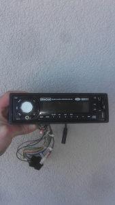 Cd radijo za auto