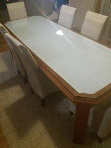 Trpezarijski stol i 8 stolica
