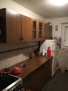 Komplet kuhinja sa sudoperom ekstra stanje