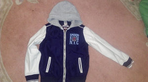 Proljetna jakna za djecaka