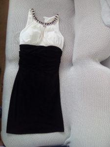 Jako lepa i kvalitetna haljinica