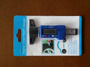 Digitalni mjerač dubine šare gume