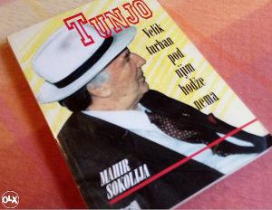 Tunjo / Velik turban, pod njim hodže nema