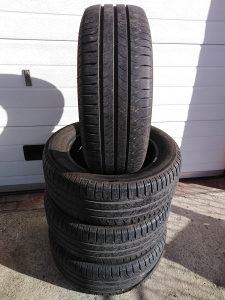 Michelin ljetne gume polovne (4kom)