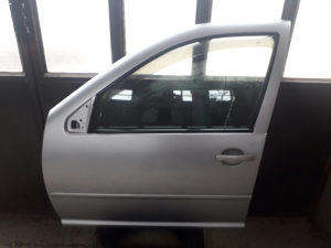 Vrata Golf 4 limuzina siva