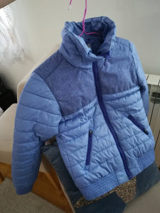 H&M jakna od 9-10 god