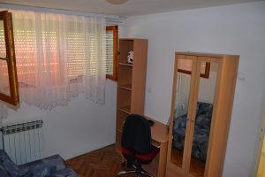 Banja Luka, sobe djevojkama