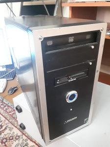 Računar AMD dual core 4400 , 2gb ddr2