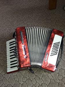Harmoniku 40 basova