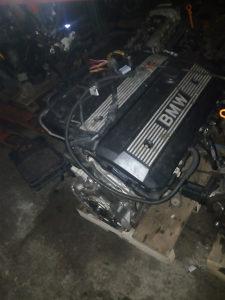 Bmw e46 motor 2.3 I 2.5