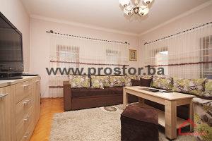 PROSTOR prodaje: Trosoban stan, Stari Grad