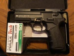 Gasni pištolj Zoraki