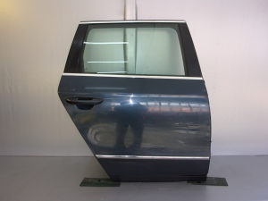 ZADNJA DESNA VRATA DIJELOVI VW PASSAT B6 > 05-10