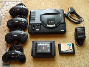 SEGA Mega Drive Model 1 PAL-G HD plus 4 kontrolera