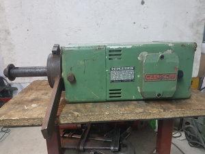 Elektro motor  za štucer frezer 4 kw 3000 obrtaja
