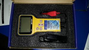 Digitalni autom. Analizator baterija
