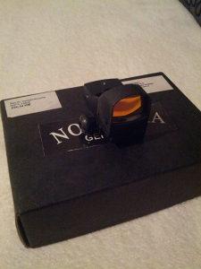 opticki nisan-crvena tacka