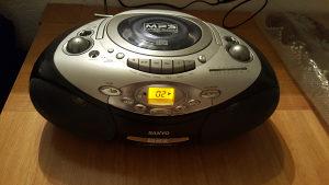 CD mp3 AUX radio
