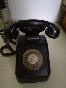 Telefon stari