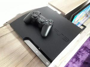 PS3 PLAYSTATION 3 SLIM CIPOVAN/20 Hit igara Pes20 GTA5