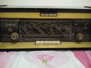 Stari radio za kolekcionare Procitati pod detaljno!!!