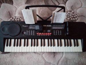 Klavjature elektricne