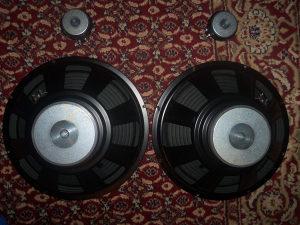 zvucnik 15inc kao nov 2kom i 2kom visokotonac