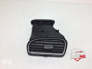 Rešetka ventilacije lijeva VW GOLF 6 RV124