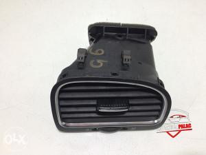 Rešetka ventilacije desna VW GOLF 6 RV125