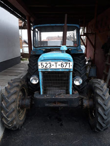 Traktorska kabina
