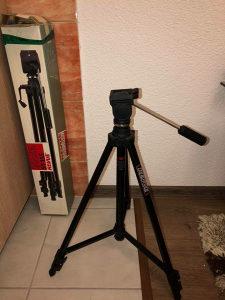 Stalak za kameru nov iz Njemacke