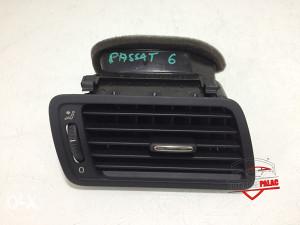 Rešetka ventilacije desna  VW PASSAT  6 2006 3C1819702F RV145