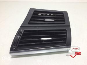 Rešetka ventilacije desna BMW E70 x5 7161804 RV196