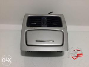 Rešetka ventilacije zadnja BMW E92 3 2011 RV210