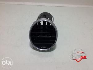 Rešetka ventilacije Mercedes W164 2006 A1648302154 RV221