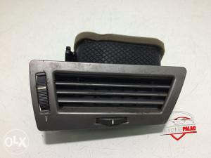 Rešetka ventilacije desna BMW E65 7 64228223334 RV241
