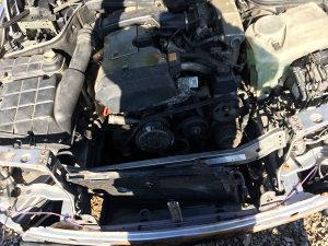 Mercedes c klasa vezni lim