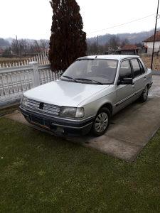 Peugeot 309 1.9 // Dizel