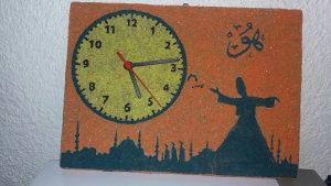Zidni sat od dekorativnog pijeska / ručni rad