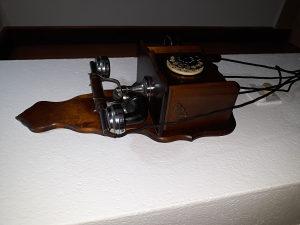 Antikvitet telefon