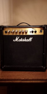 Marshall MG15CD (15w)