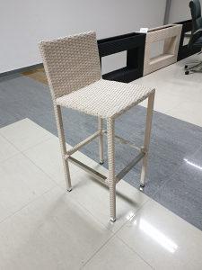 Barska stolica ratan